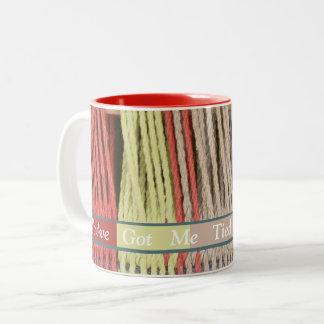Caneca De Café Em Dois Tons 2 o tom You've colorido obteve-me amarrado acima