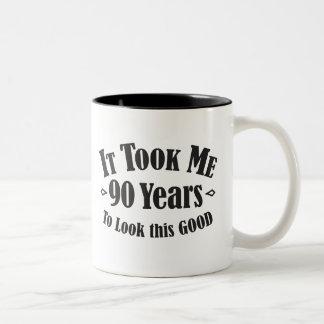 Caneca De Café Em Dois Tons 90 tomou-me ninety 90 anos para olhar este bom