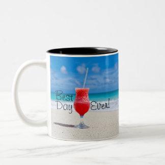 Caneca De Café Em Dois Tons A melhor praia do dia