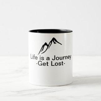 Caneca De Café Em Dois Tons A vida é uma viagem