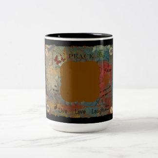 Caneca De Café Em Dois Tons Adicione seus próprios