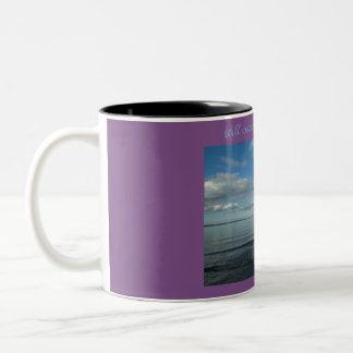Caneca De Café Em Dois Tons Ainda águas