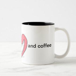 Caneca De Café Em Dois Tons alimente-me o amor e o café