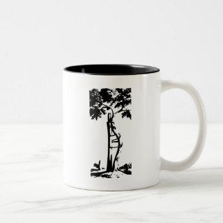 Caneca De Café Em Dois Tons Árvore curvada ortopédica