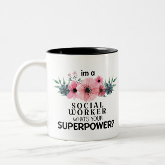 Caneca De Café Em Dois Tons assistente social da folha floral da aguarela