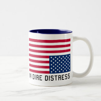 Caneca De Café Em Dois Tons Bandeira de cabeça para baixo na aflição