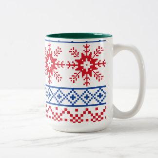 Caneca De Café Em Dois Tons Beiras nórdicas do floco de neve do Natal