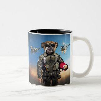 Caneca De Café Em Dois Tons Cão piloto, buldogue engraçado, buldogue