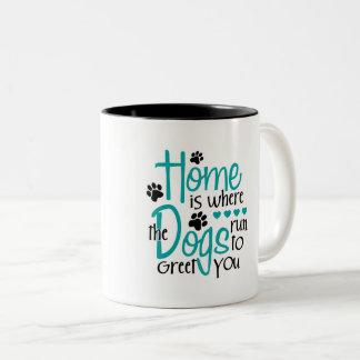 Caneca De Café Em Dois Tons Casa com cão