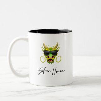 Caneca De Café Em Dois Tons Casa de Sam do dragão