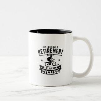 Caneca De Café Em Dois Tons Ciclismo do plano de aposentação