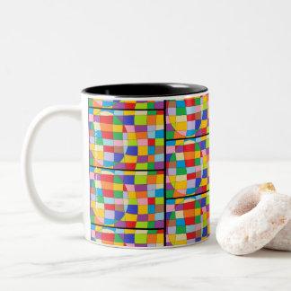 Caneca De Café Em Dois Tons Círculo colorido no retângulo colorido
