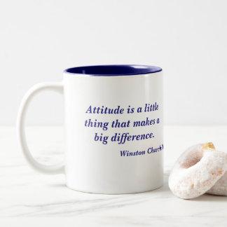 Caneca De Café Em Dois Tons Citações da atitude de Winston Churchill
