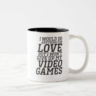 Caneca De Café Em Dois Tons Citações engraçadas do amor do jogador do video