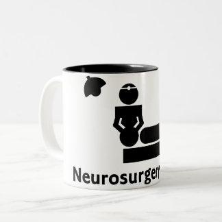 Caneca De Café Em Dois Tons Copo de café arrepiante da neurocirurgia (branco &