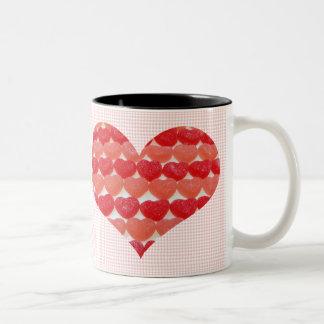 Caneca De Café Em Dois Tons Corações dos doces em seguido, coração dado forma