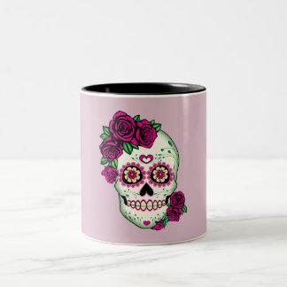 Caneca De Café Em Dois Tons Crânio do açúcar com rosas