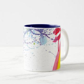 Caneca De Café Em Dois Tons Cursos da escova do arco-íris com um respingo da
