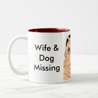 Caneca De Café Em Dois Tons Desaparecidos da esposa e do cão (engraçados)