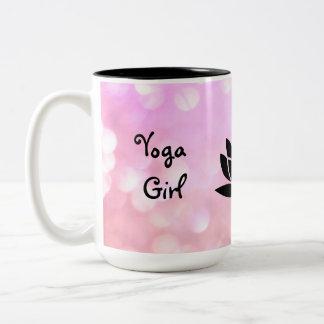 Caneca De Café Em Dois Tons Design de Namaste da menina da ioga