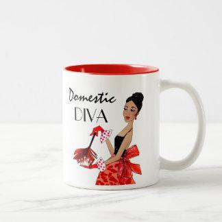 """Caneca De Café Em Dois Tons """"Diva doméstica """""""