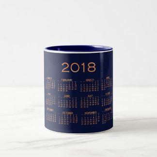 Caneca De Café Em Dois Tons Do cobre azul mínimo do marinho do calendário 2018