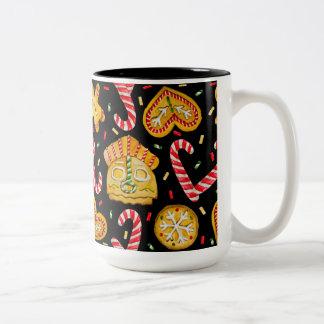 Caneca De Café Em Dois Tons Doces do Natal. Fundo preto