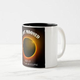 Caneca De Café Em Dois Tons Eclipse solar total eu obtive o copo de café