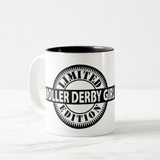 Caneca De Café Em Dois Tons Edição limitada da menina de Derby do rolo, design