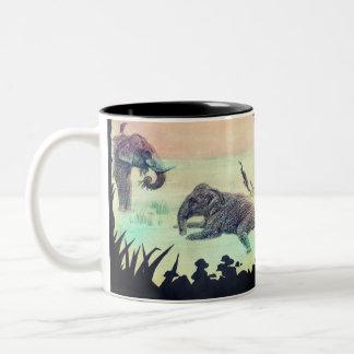 Caneca De Café Em Dois Tons Elefante indiano que banha a silhueta do por do