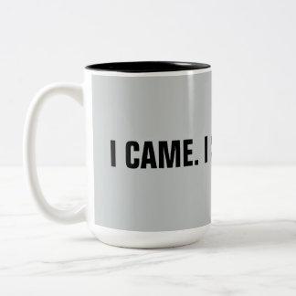 """Caneca De Café Em Dois Tons Engraçado """"eu vim. Eu vi. Eu mencionei"""" 15 onças."""