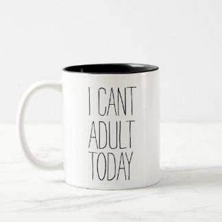 Caneca De Café Em Dois Tons Eu chanfro o adulto agrido hoje