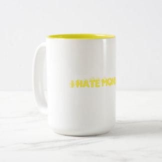 Caneca De Café Em Dois Tons Eu deio segundas-feiras