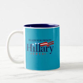 Caneca De Café Em Dois Tons Hillary para a prisão 2016