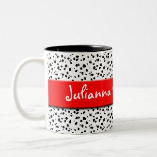 Caneca De Café Em Dois Tons Impressão Dalmatian com vermelho e nome
