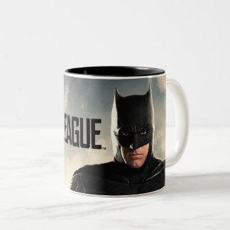 Caneca De Café Em Dois Tons Liga de justiça | Batman no campo de batalha