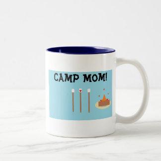 Caneca De Café Em Dois Tons Mamã do acampamento!