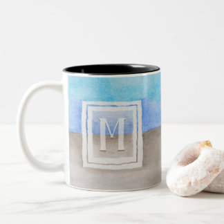Caneca De Café Em Dois Tons Mar do monograma da aguarela & azul e Tan da areia