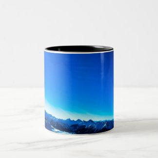 Caneca De Café Em Dois Tons Montanha azul