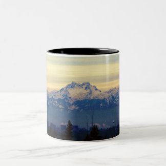 Caneca De Café Em Dois Tons Montanhas olímpicas de Sammamish