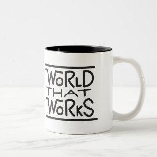 Caneca De Café Em Dois Tons Mundo que trabalha o logotipo