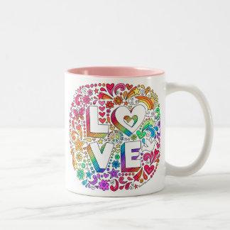 Caneca De Café Em Dois Tons O AMOR que rotula o arco-íris Groovy Doodles o ♥