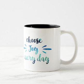 Caneca De Café Em Dois Tons O azul da cerceta escolhe a alegria cada citações