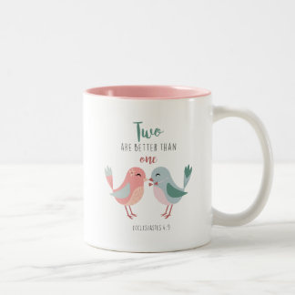 Caneca De Café Em Dois Tons Os pássaros cristãos dois do amor são melhores de