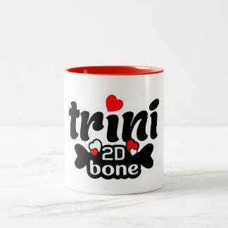 Caneca De Café Em Dois Tons Osso de Trini 2D