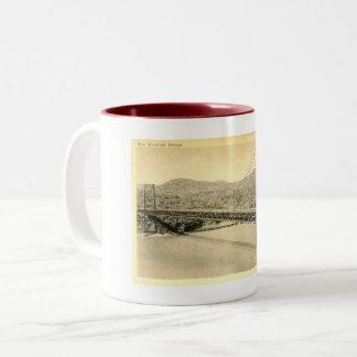 Caneca De Café Em Dois Tons Ponte da montanha do urso, o Rio Hudson NY,