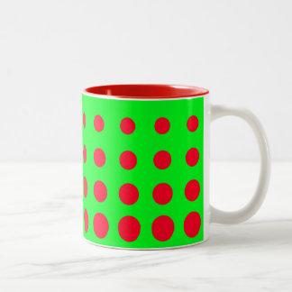 Caneca De Café Em Dois Tons Ponto verde & vermelho do abstrato do vetor