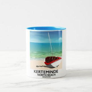 Caneca De Café Em Dois Tons Poster de viagens norte de Dinamarca da praia de