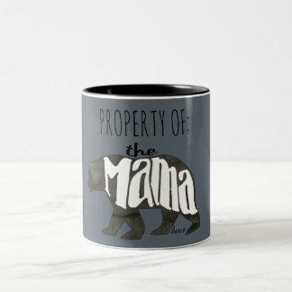 Caneca De Café Em Dois Tons Propriedade do Mama Carregamento Aproximação a seu
