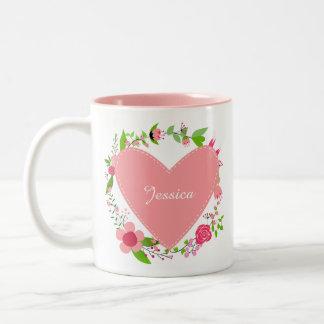 Caneca De Café Em Dois Tons Seus nomes em um coração & as flores agridem